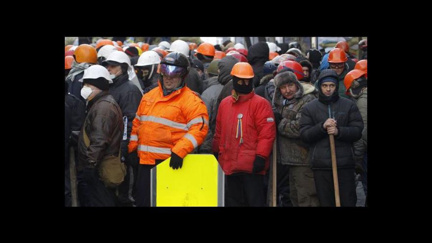 Video Horizont ČT24: Ukrajinská opozice chce zabránit krveprolití, raději jedná