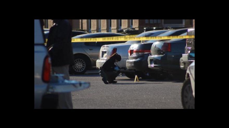 Video Střelba v nákupním centru stála život tři lidi