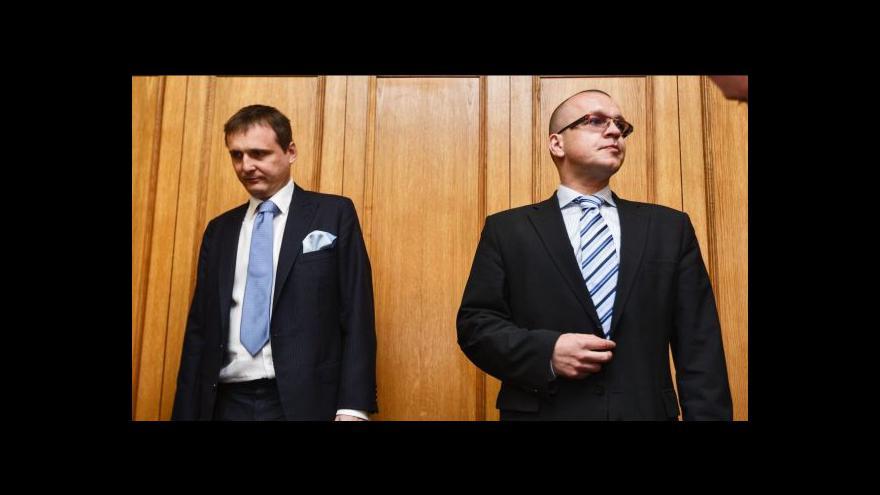 Video Nejvyšší soud ukončil kauzu Bárta a Škárka