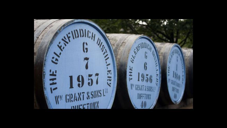 Video Tažení proti plagiátům skotské whisky