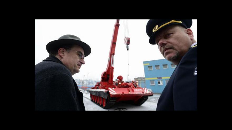 Video Hasičům v Praze bude sloužit speciální tank