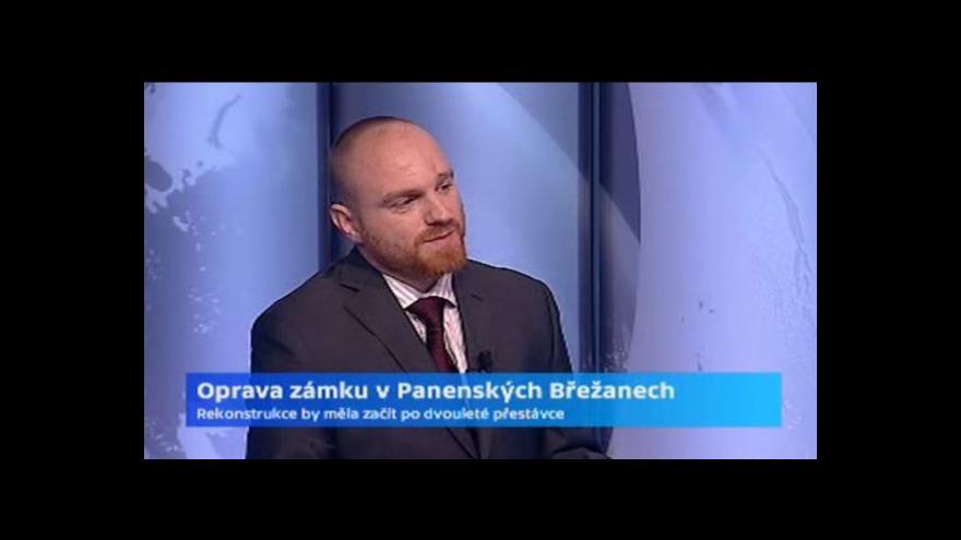 Video Rozhovor s Pavlem Pavlasem o opravách zámku v Panenských Břežanech