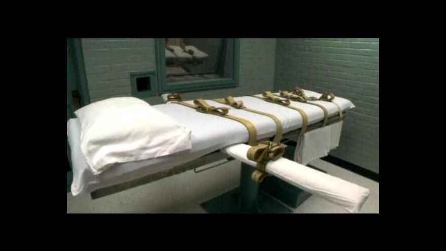 Video Odsouzený vrah dostal smrtící injekci