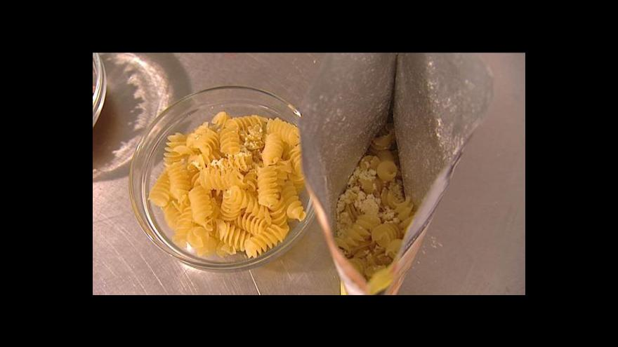 Video Nové trendy ve spotřebě potravin: Méně fastfoodů a instantních jídel