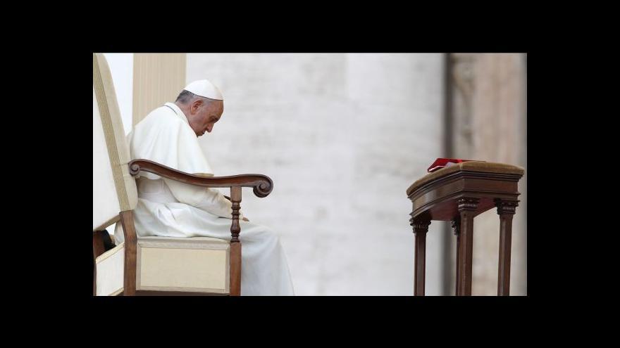 Video Odchody kněží kvůli skandálům