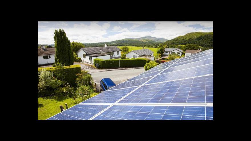 Video Události: Účtovat, nebo neúčtovat poplatky za obnovitelné zdroje?