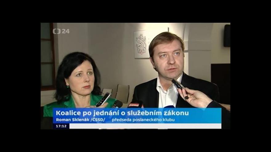 Video Brífink představitelů koaličních stran po jednání o služebním zákonu