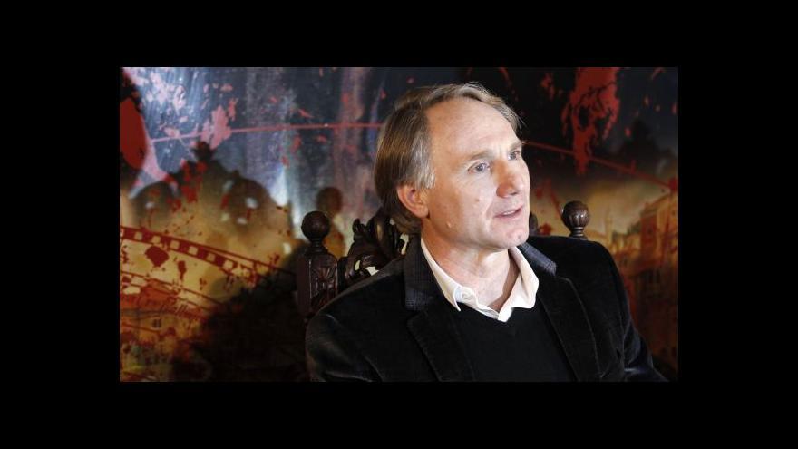 Video Dan Brown: Praha je inspirativní a mystická (TK česky)
