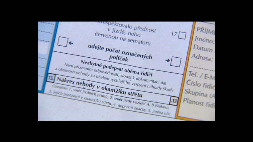 Video Události: Pojistných podvodů opět přibylo