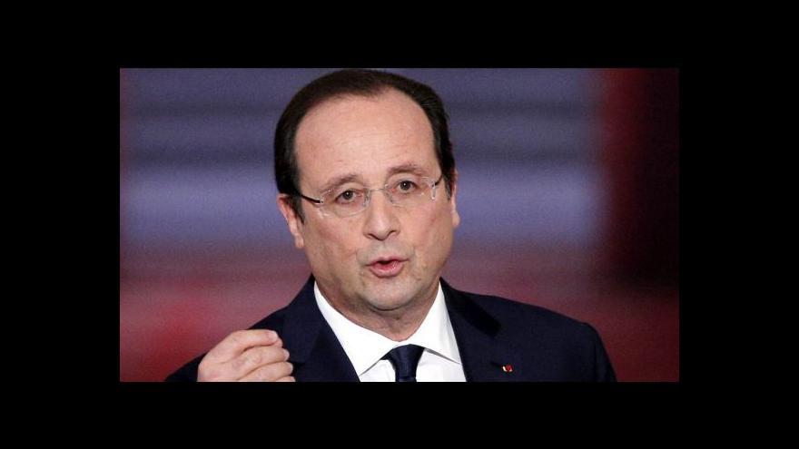 Video Hollande mluvil o ekonomice, novináře zajímala milostná aféra