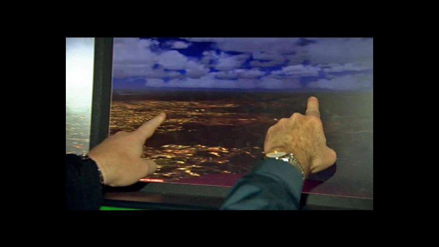 Video Američtí piloti si spletli letiště