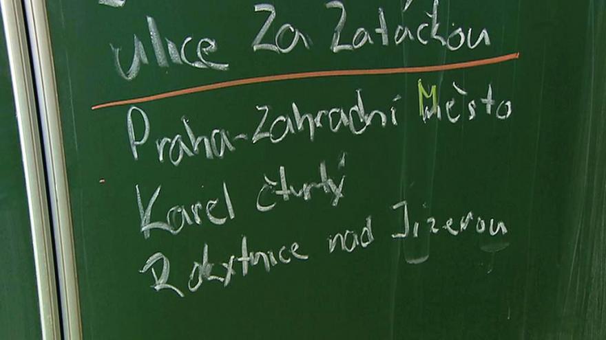 Video 90' ČT24 - Jak se mění český jazyk