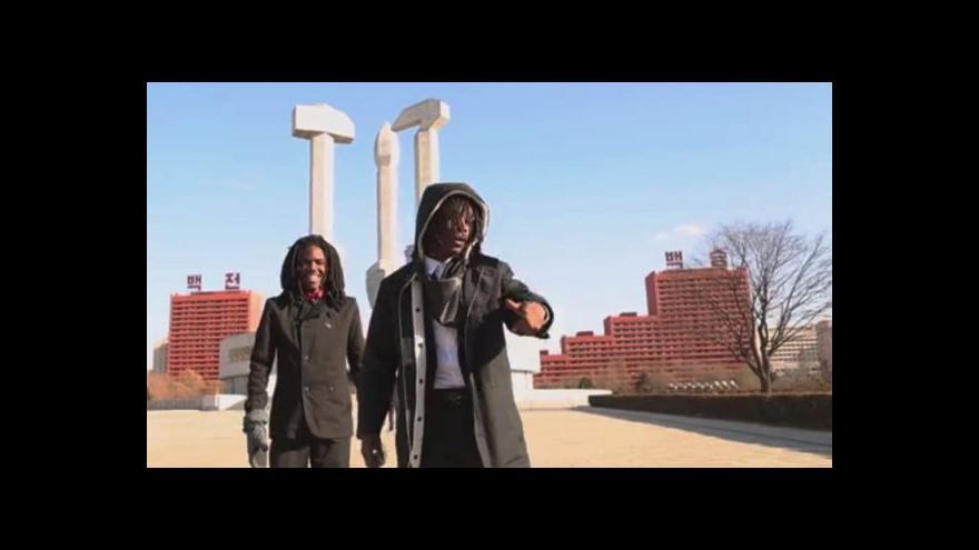 Video Američtí rapeři: Pchjongjang lepší než Washington