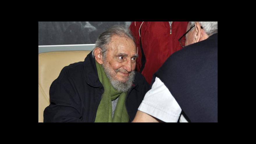 Video Fidel Castro se znovu objevil na veřejnosti