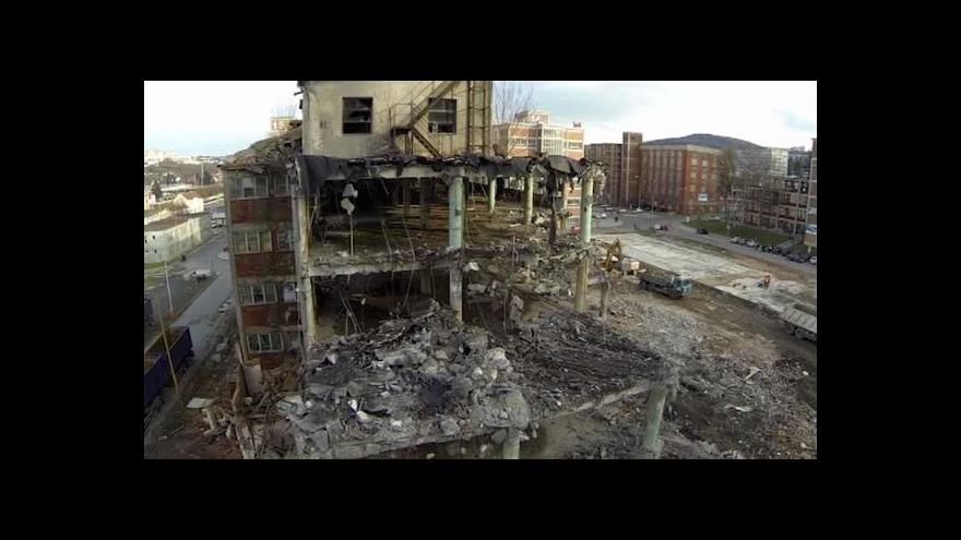 Video Demolice Baťovských budov ve Zlíně