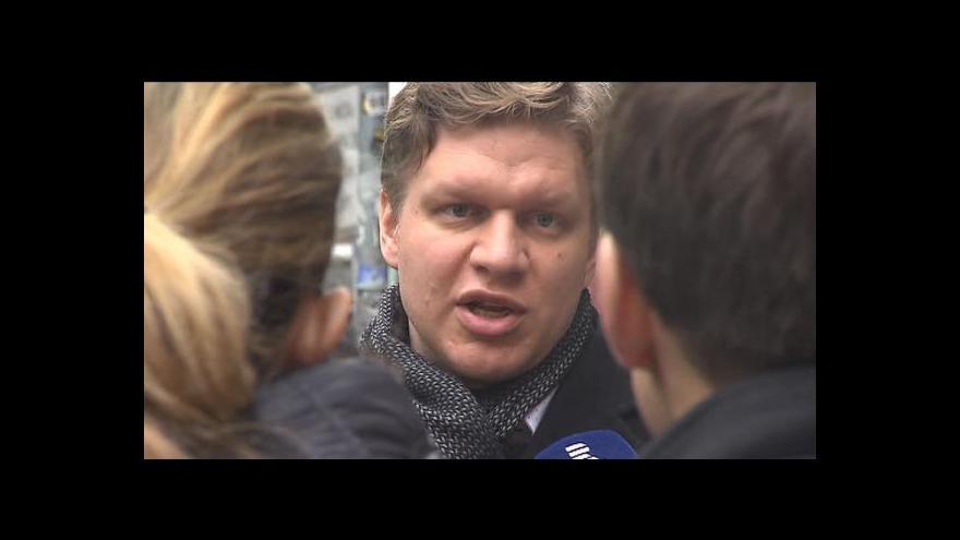 """Video Hudeček po výslechu: """"Mohu se domnívat, že se jedná o účelová zadání na Svobodu."""""""