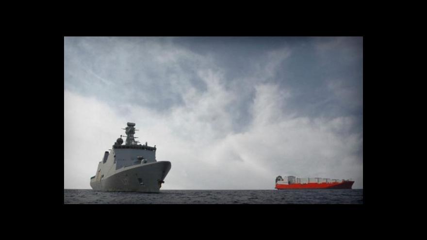 Video Dánská loď odvezla syrskou chemii vstříc jejímu zničení