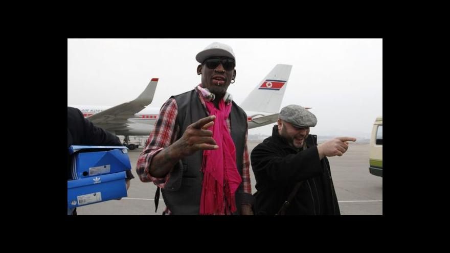 Video Rodman přijel opět do KLDR, pro Kima sehraje exhibiční zápas