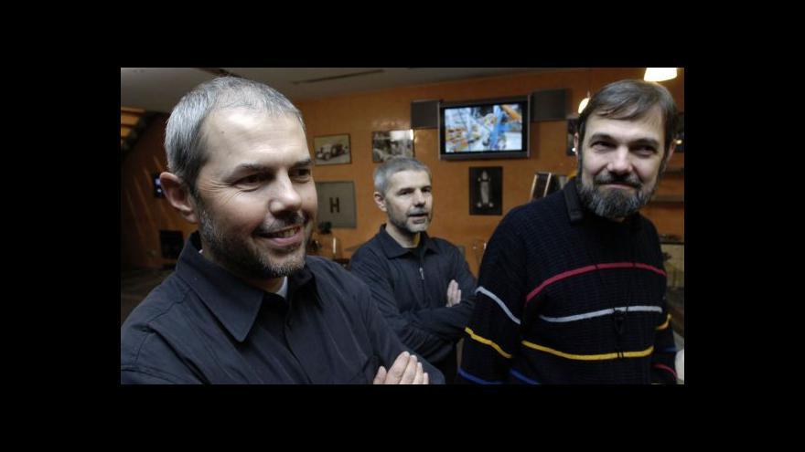 Video Bratři Ebenové slaví a chystají novou desku