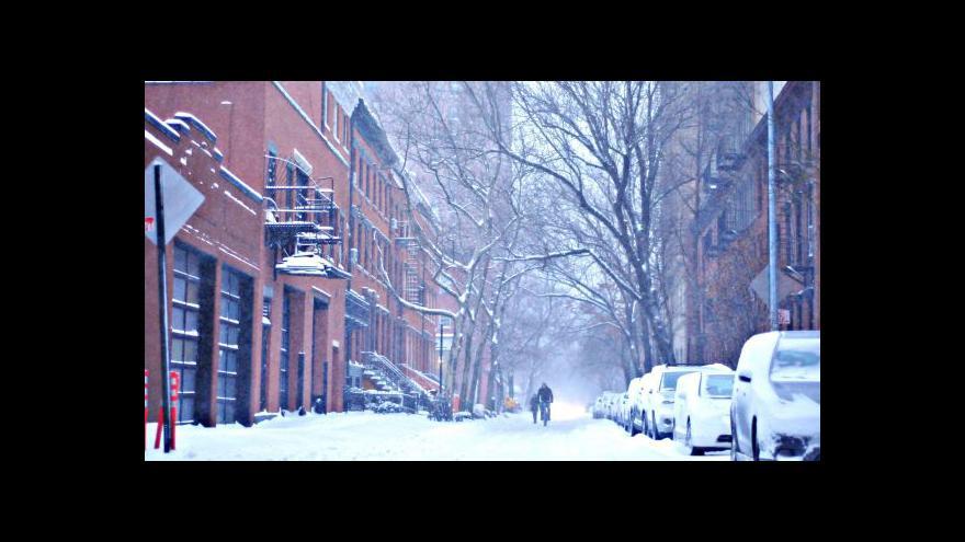 Video Severovýchod USA zachvátila sněhová bouře