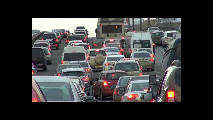 Video V Moskvě jsou největší dopravní zácpy na světě