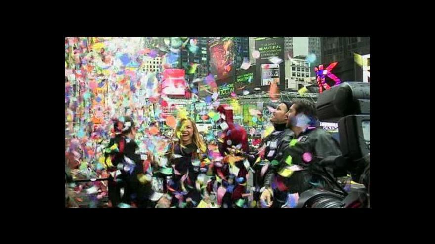 Video Horizont ČT24: Svět se připravuje na příchod roku 2014