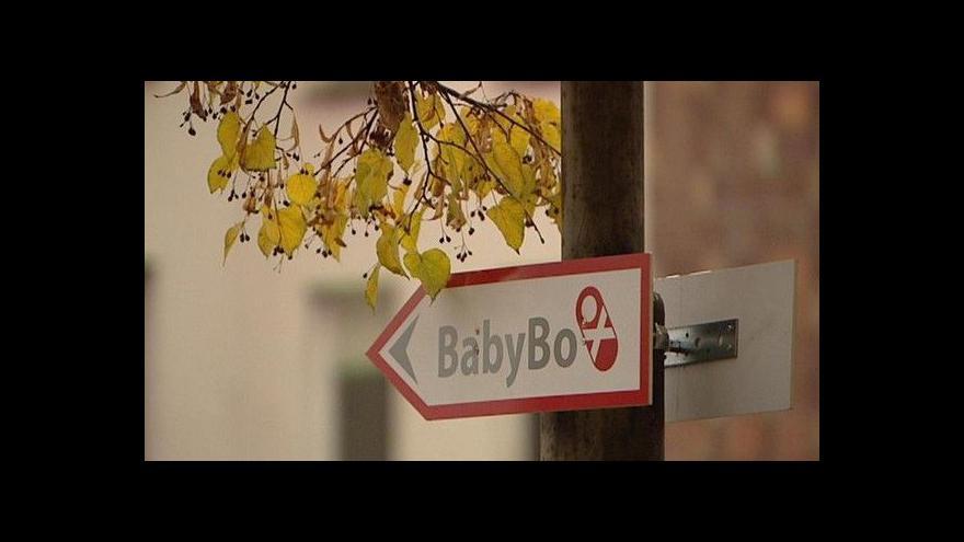 Video 100. dítě v českém babyboxu