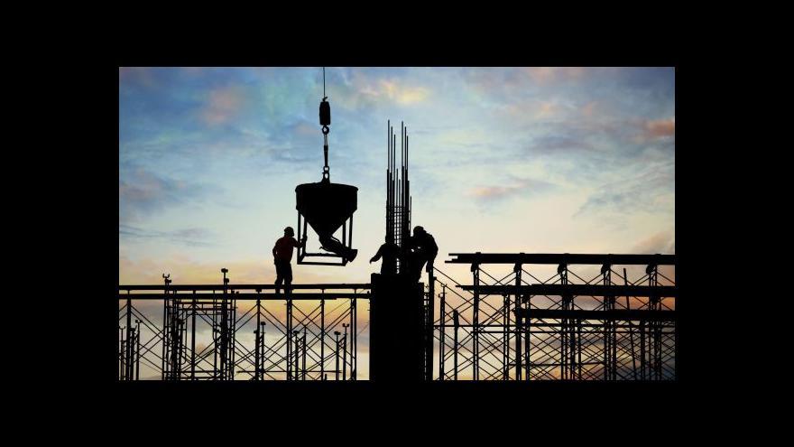 Video Britské firmy se stěhují domů ... kvůli nákladům