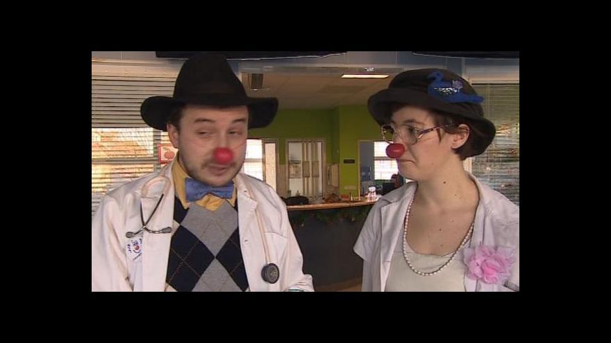 Video NO COMMENT: Vystoupení klaunů v nemocnicích