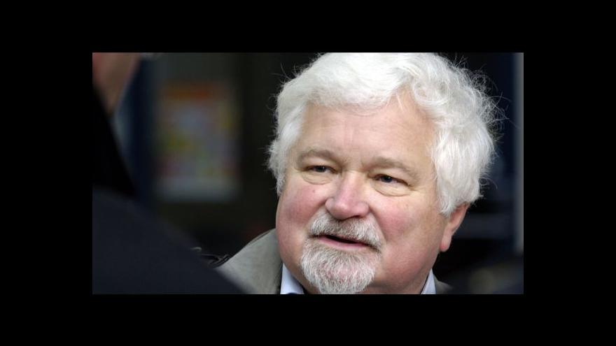 Video Petr Pithart: Politici nechtěli referendum o zániku federace