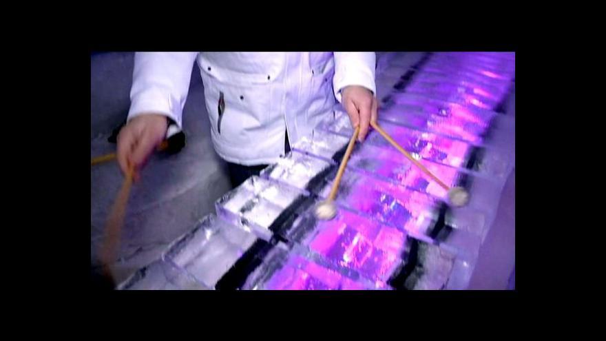 Video Jak zní nástroje vyrobené z ledu?