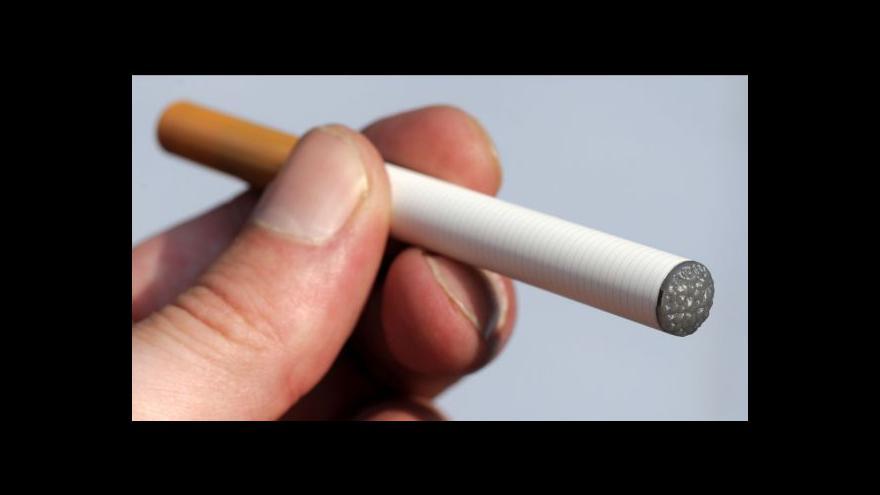Video 80procentní daň na elektronické cigarety? Italská vláda je pro