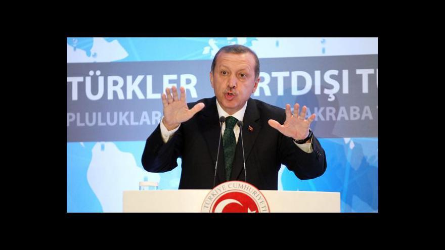 Video Tři poslanci opustili tureckou vládní stranu AKP
