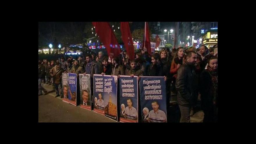 Video Změny v turecké vládě tématem Událostí