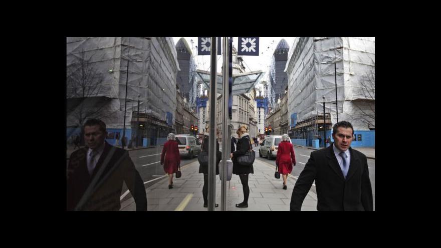 Video Vánoce svět neslaví jen v radosti