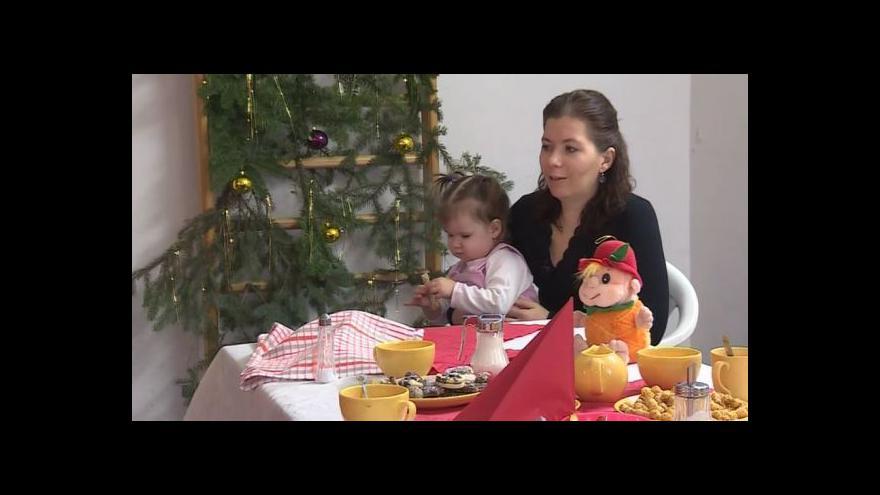 Video O svém pobytu v azylovém domě vypráví jedna z klientek