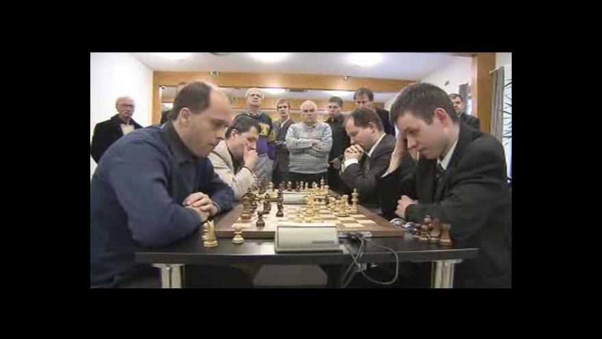Video David Navara získal posedmé republikový titul v bleskovém šachu