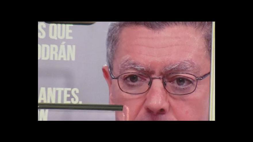 Video Zastánci potratů vyšli do ulic španělských měst
