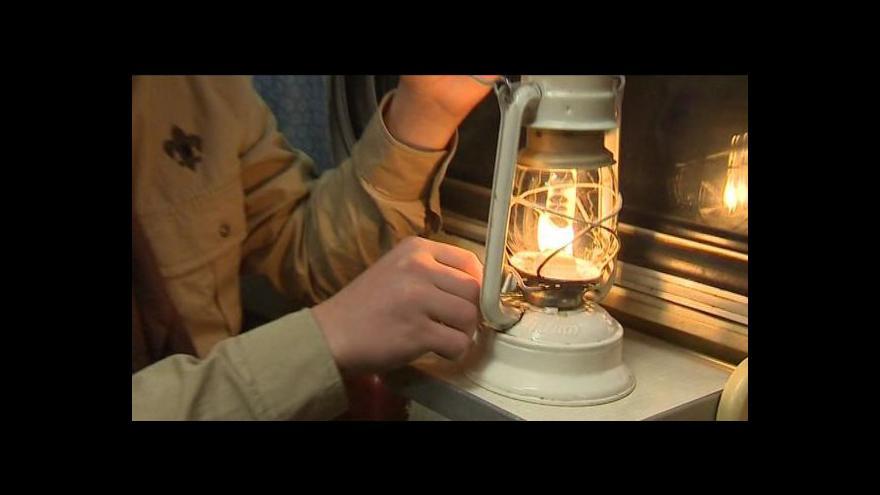 Video Skauti přivezou do Prahy Betlémské světlo