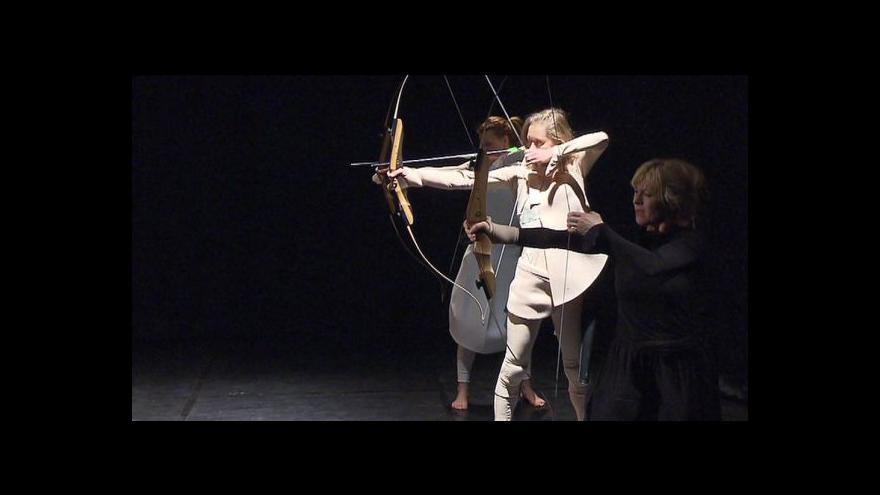 Video Pražské Divadlo Komedie uvádí novou hru Ženy