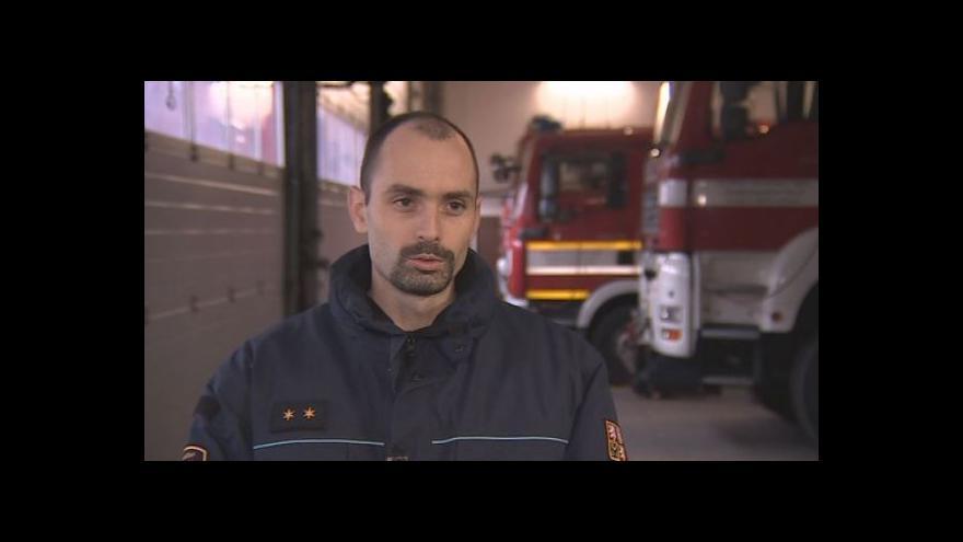 Video O posledním požáru chaty hovoří mluvčí Jaroslav Mikoška