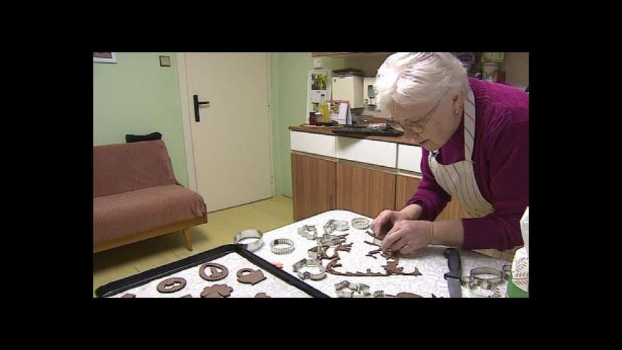 Video O pečení perníčků vypráví Anežka Bártová z Kobylí