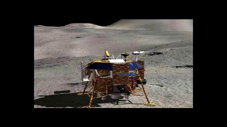 Video Nefritový králík sjíždí na povrch Měsíce