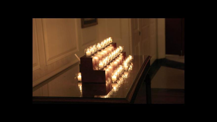 Video Newtown si připomíná smutné výročí