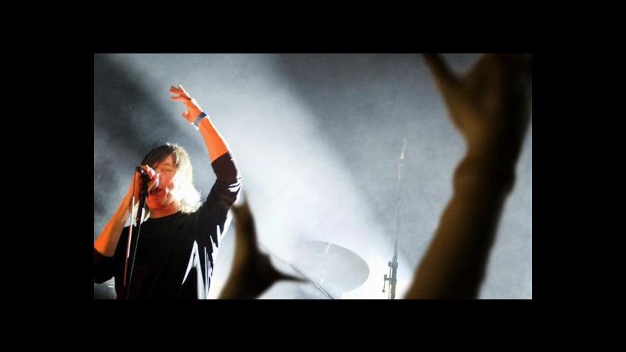Video Young Gods hráli v Praze