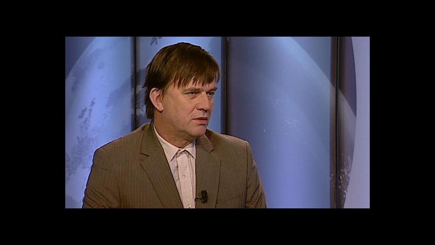 Video Rozhovor s redaktorem Aktuálně.cz Petrem Holubem