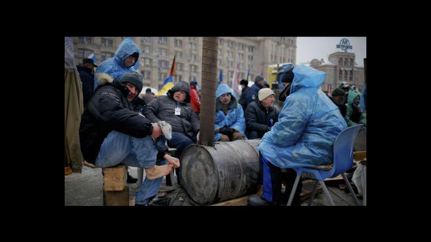 Video Na Ukrajině se jedná, opozice nedorazila
