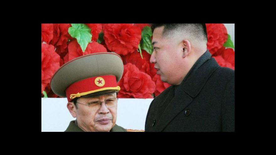 Video Telefonát Tomáše Etzlera k odstranění Kimova strýce