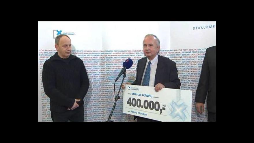 Video Brífink Nadačního fondu proti korupci k Mezinárodnímu dni boje proti korupci