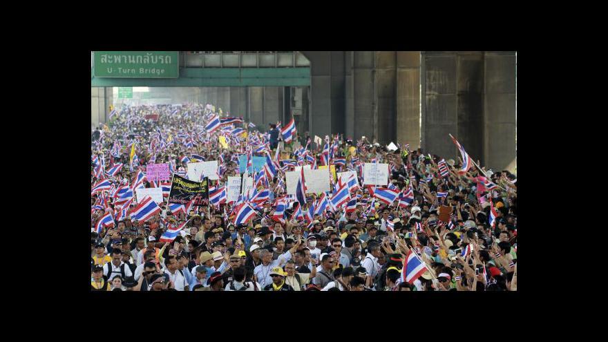 Video Thajská premiérka rozpustí parlament